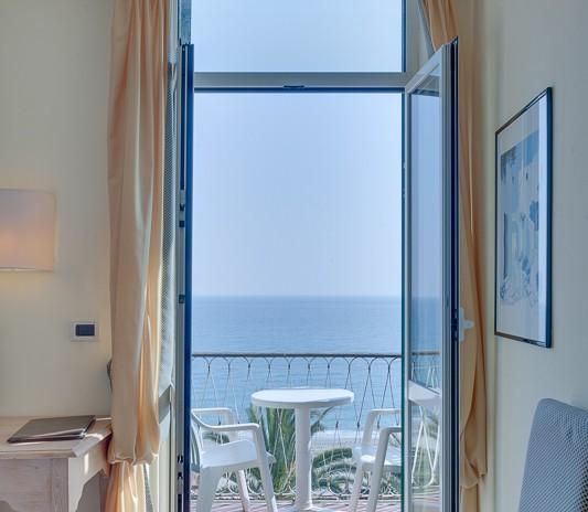 Hotel Medusa Camera tripla con balcone