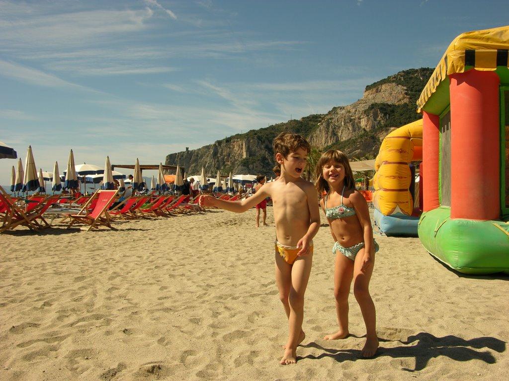 Spiagge attrezzate con piscina per bambini